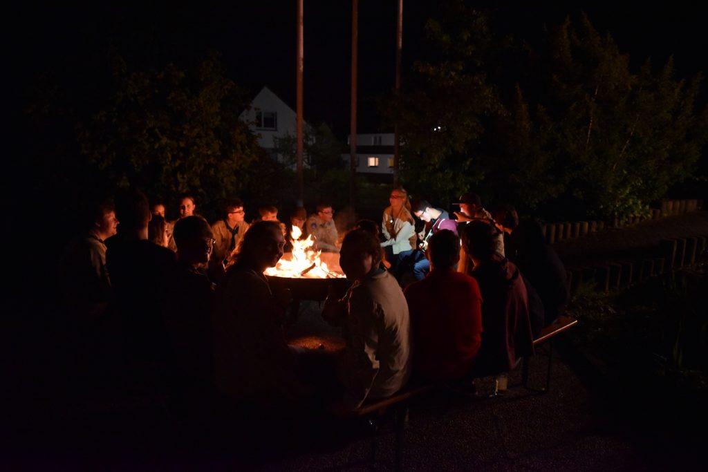 Lagerfeuer bis in die Nacht